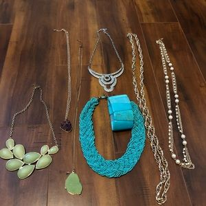 Bundle of 7 Necklaces and 1 bracelet